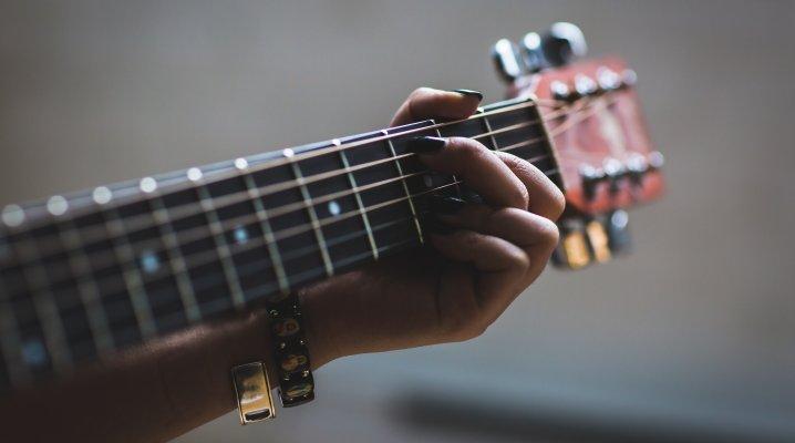 comment-accorder-sa-guitare