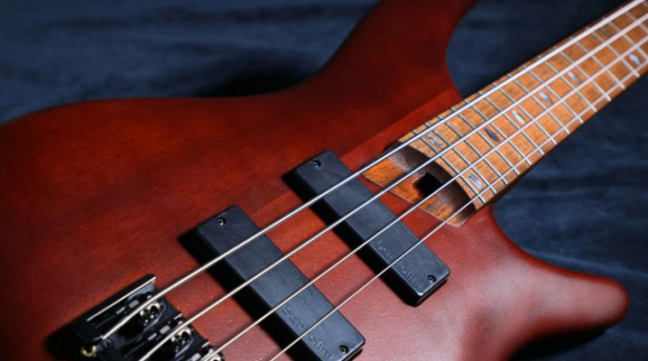 Blagues musicales, la guitare basse