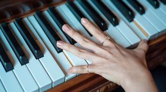 Apprendre les accords au piano