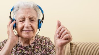 L'intérêt d'apprendre la musique quand on est senior